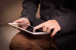 販売情報提供活動ガイドラインの開始