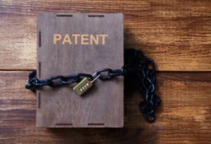 リストラが多い要因②:主力品の特許切れが起こる